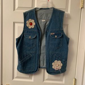 Jackets & Blazers - Beautiful, jean/denim vest